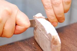 Lavande-coupe-avec-couteau-beurre